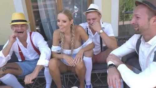 Re: Czech pornstar - Florane Russell
